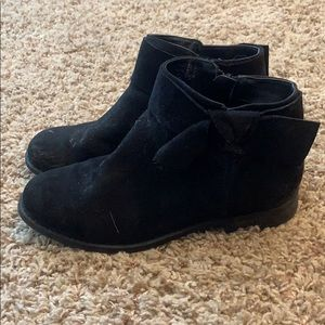 Faux Suede Girl Boot Size 5/women's 7